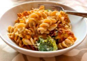 Creamy Broccoli Pasta Bake 02