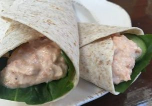 Salmon and spinach wrap_1